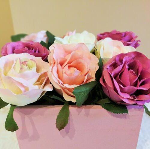 Selyem rózsa fadobozban