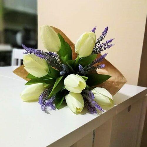 Fehér tulipán csokor